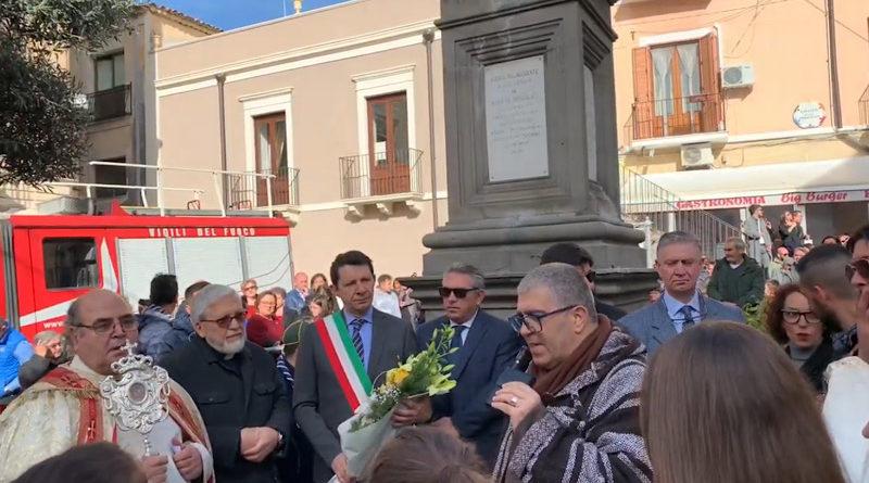 Adrano celebra la festa dell'Immacolata, il Vescovo  Schillaci invia i suoi saluti da Lamezia Terme