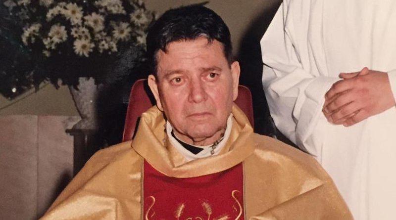 """Fondò la parrocchia """"Sacro cuore"""", Biancavilla dedica una via a padre Salvatore Greco"""