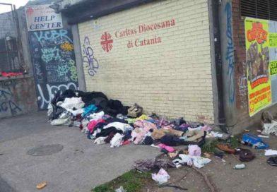Catania, scene di inciviltà all'Help center: «Rispettate gli orari di servizio per dare un aiuto ai volontari»