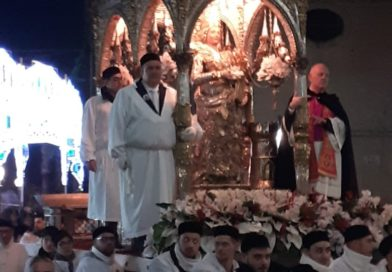 Paternò, con il pontificale dell'Arcivescovo si concludono i festeggiamenti di Santa Barbara