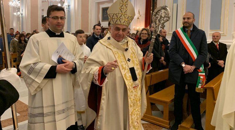 L'arcivescovo Gristina riapre la basilica di Biancavilla dopo il terremoto del 6 ottobre 2018