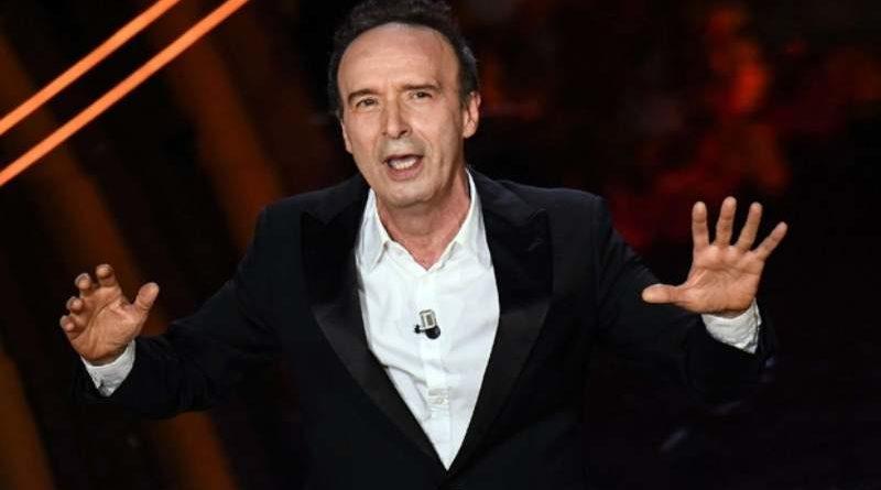 """Povero Roberto Benigni, il """"Cantico"""" parla di amore umano e carnale (e va letto senza vergogna)"""