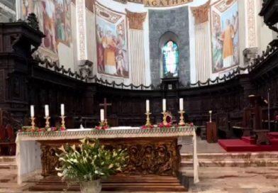 In diretta: l'Arcivescovo celebra la messa a porte chiuse della Domenica delle Palme