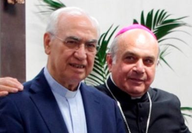 Gli affettuosi auguri del Vicario generale all'Arcivescovo per il suo 50esimo di sacerdozio