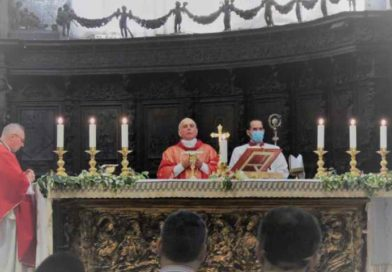 Veglia con la Consulta delle Aggregazioni laicali, il Vescovo: «Siate la Pentecoste vivente»