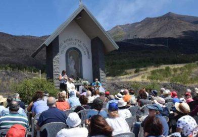 Madonna della Neve sull'Etna, appuntamento di preghiera per fedeli e appassionati della montagna