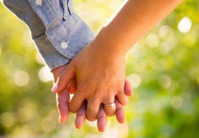 Mompileri, l'Arcivescovo incontra fidanzati e novelli sposi: ecco l'invito a loro rivolto