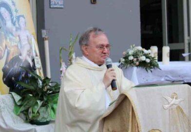 Padre Antonino Tomasello è morto a causa del Covid, lascia un grande vuoto nella sua Biancavilla