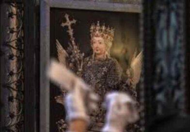 Covid-19, come vivere la festa di Sant'Agata e dei molti Santi Patroni della nostra Arcidiocesi ?