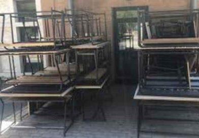 Da Catania a Dakar, partito il primo container dei vecchi banchi scolastici biposto