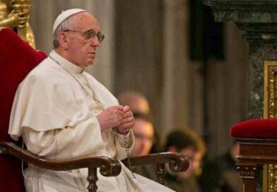 """Il mese di maggio, insieme a Papa Francesco """"maratona di preghiera"""" anti Covid"""