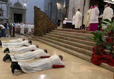 Il ruolo dei sacerdoti e dei diaconi nel processo sinodale
