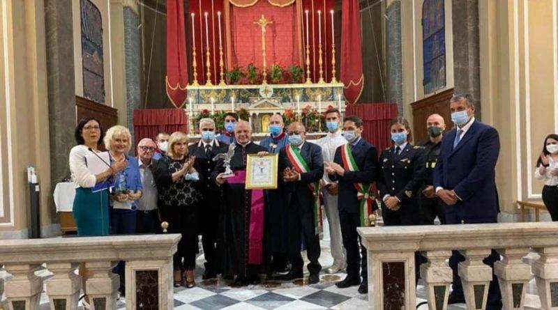 """""""Aquila d'Argento 2021"""" assegnato a due sacerdoti: Don Giovanni Salvia e Padre Antonio De Maria"""